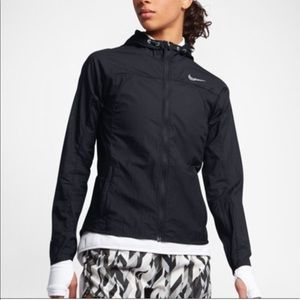 Nike Impossibly Light Running Jacket-Hooded